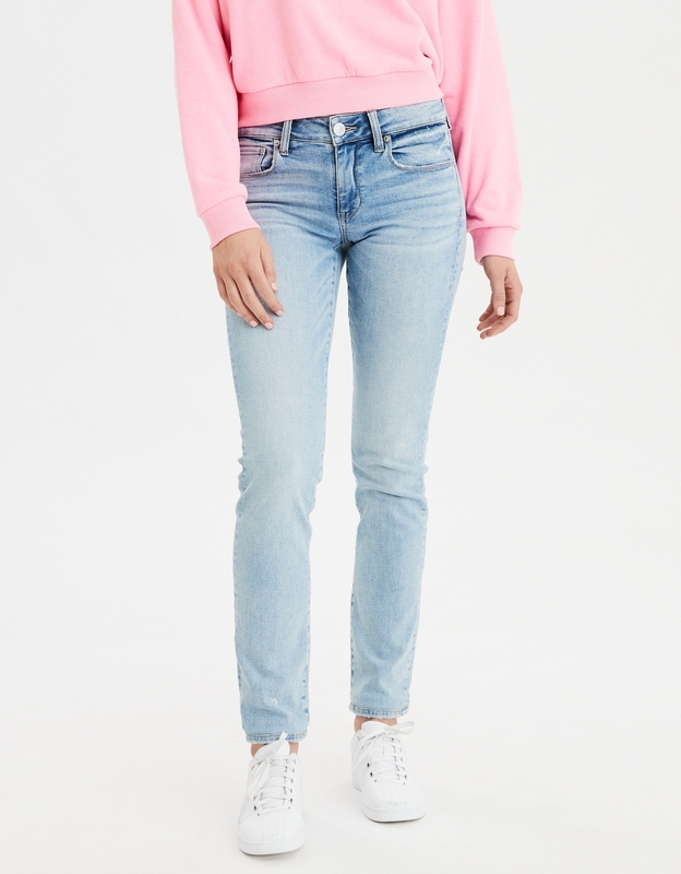 بنطال جينز أزرق فاتح للنساء من امريكان ايجل